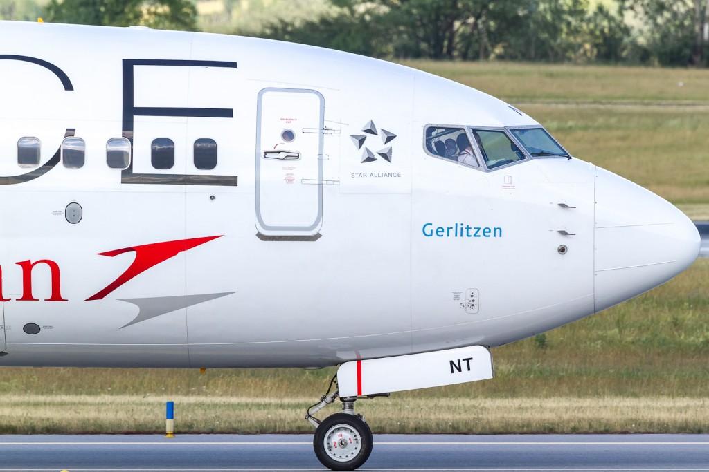 Austrian OE-LNT, Boeing 737-800