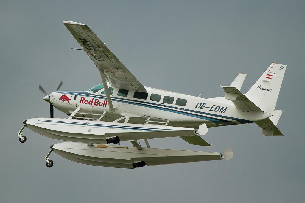 The Flying Bulls - Cessna 208 Caravan Amphibian