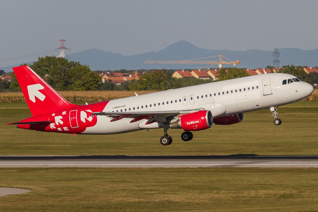 Niki OE-LEL, Airbus A320