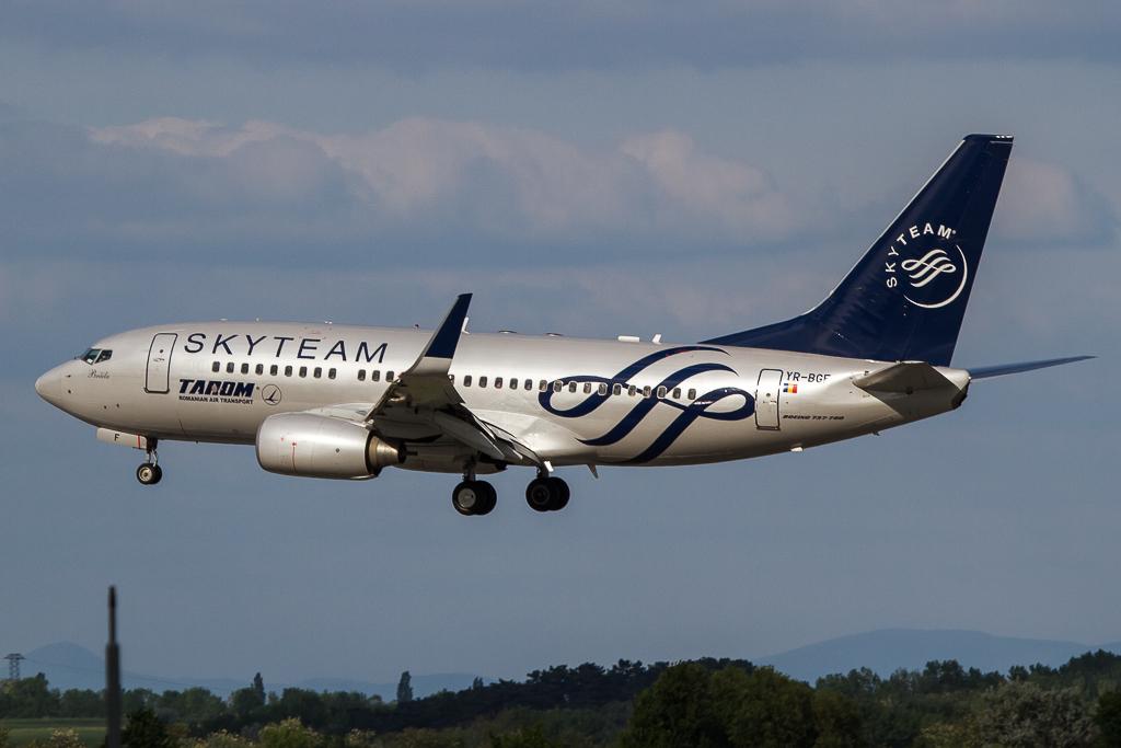 Tarom YR-BGF, Boeing 737