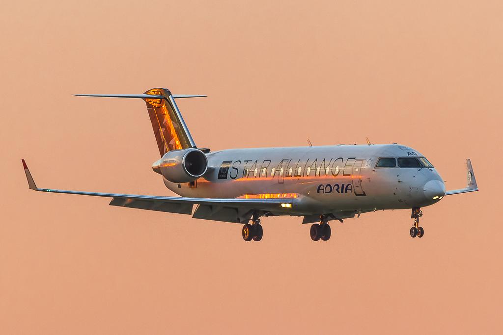 Adria Airways S5-AAG, Canadair Regional CRJ200LR
