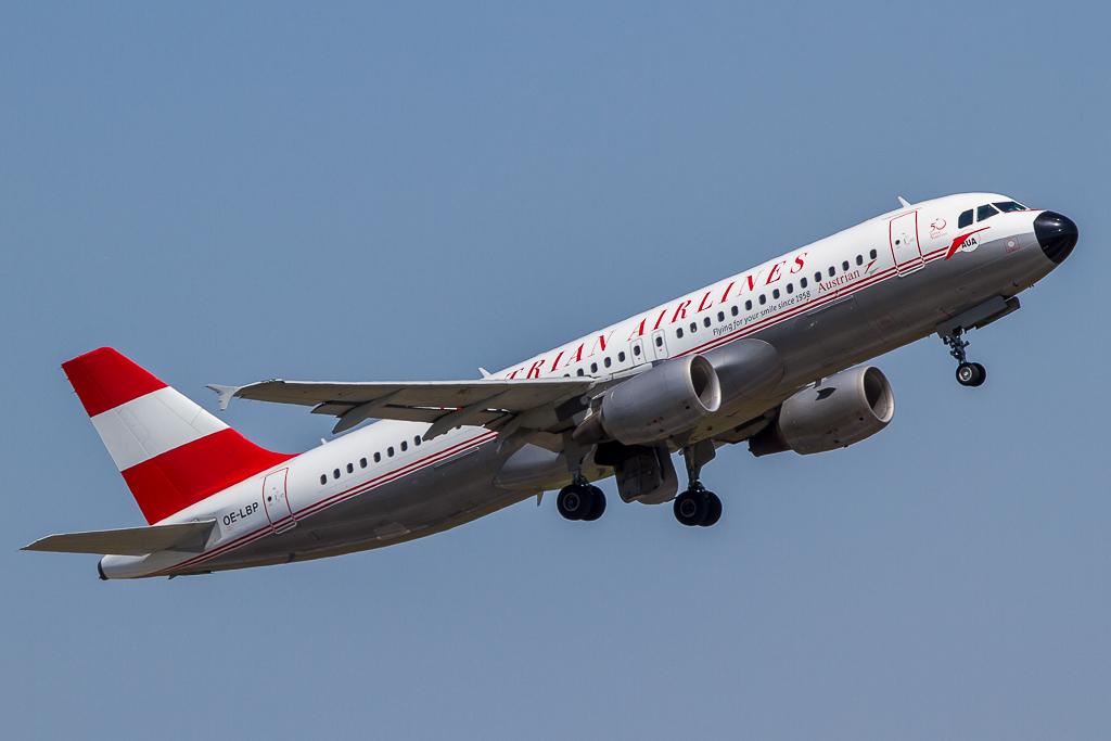 Austrian 'Retro Livery' OE-LBP, Airbus A320