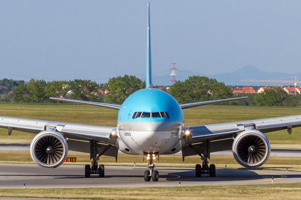 Korean , Boeing 777