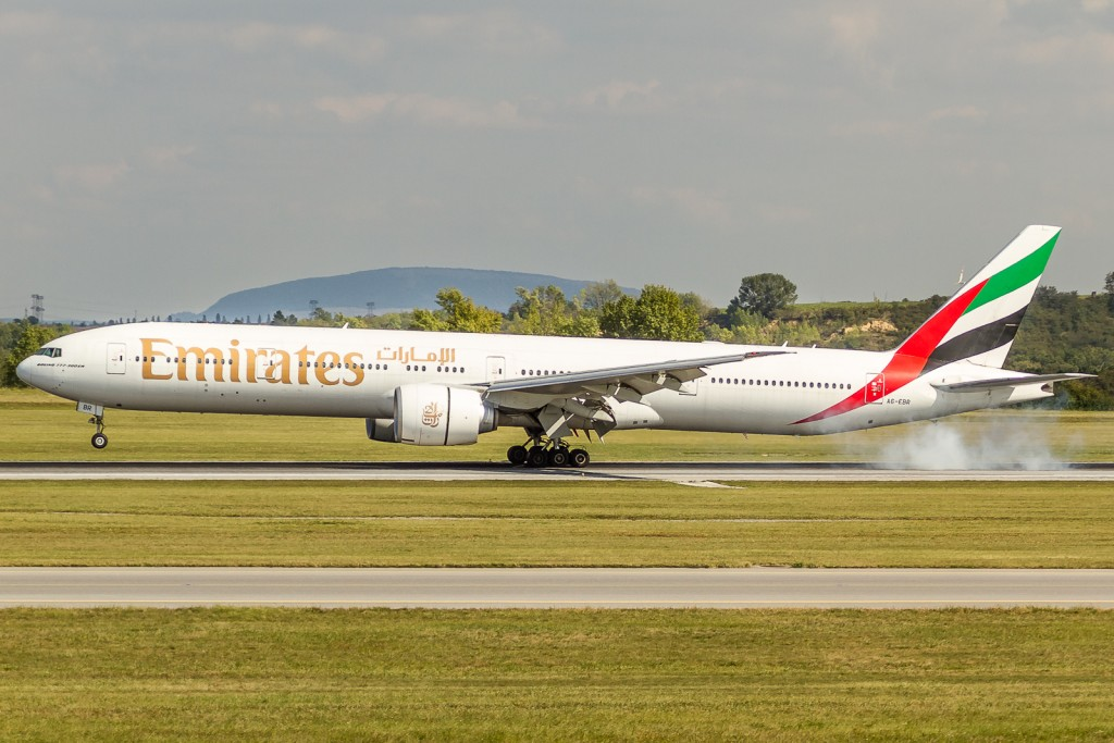 Emirates , Boeing 777
