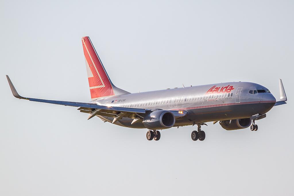 Austrian 'Lauda' OE-LNK, Boeing 737-800